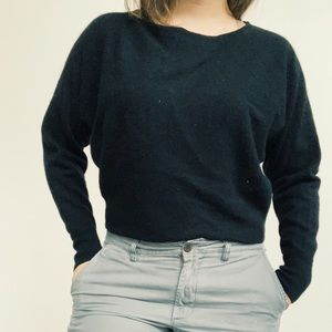 Sweaters - VERTICAL DESIGN BLACK SWEATER